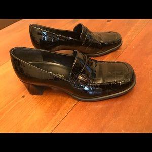 Bandolino Shoes - Bandilino Loafers